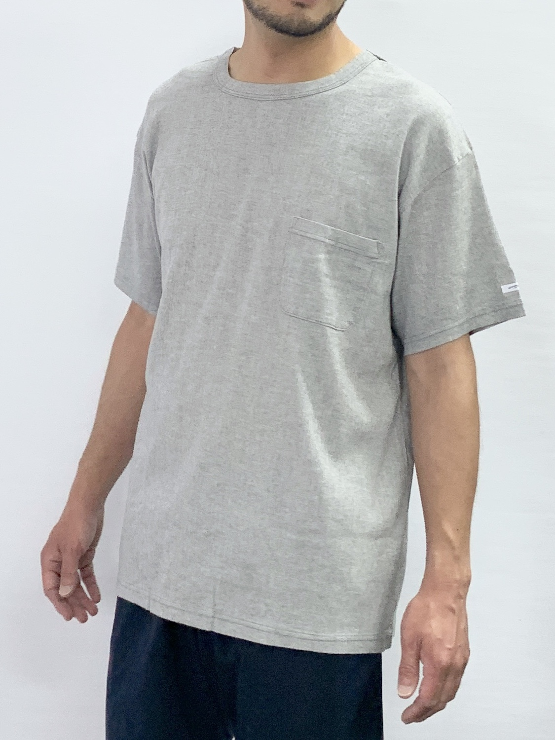 CREW NECK SHORT SLEEVE POCKET T-SHIRT1