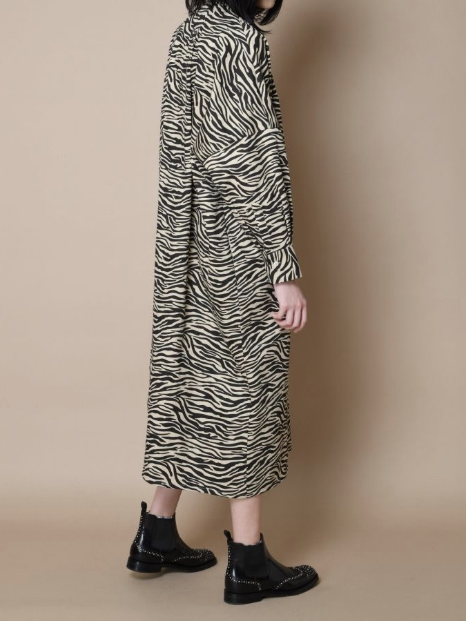 QUILT FRONT DOLMAN SLEEVE LONG ONE-PIECE2